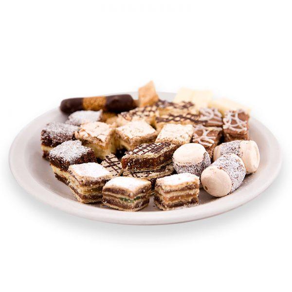 prăjituri asortate